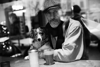 Nobivac-Case-Man-with-dog-banner